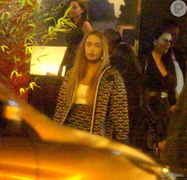 Rafaella Santos é flagrada deixando restaurante com Gabigol e confirma volta do casal