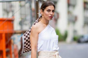 Lenço é cool! 4 formas de incluir o item nos looks de verão como uma fashionista
