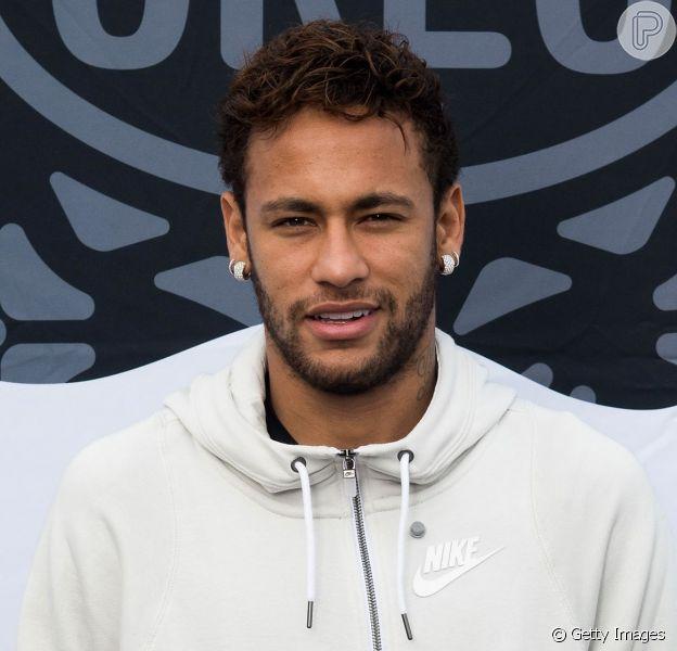 Neymar recebe elogio da modelo Natalia Barulích em foto de Halloween, em 3 de novembro de 2019