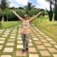 Zilu Godoi  compartilha rotina fitness e dá dicas de exercícios para internautas