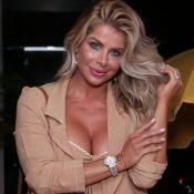 Conjuntinho fashionista: Karina Bacchi aposta em look monocromático para evento