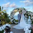Carol Dias e Kaká posam após casamento