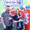 Gusttavo Lima aproveitou o dia de folga para curtir momentos em família