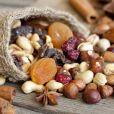 Como curar ressaca: as frutas secas, que são características dessa época do ano, ajudam o corpo a se recuperar mais rápido do efeito da bebida