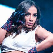 Anitta faz aula de dança coletiva em mansão e impressiona por habilidade. Vídeo!