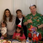 Silvio Santos aparece em família e ganha homenagem de Patricia Abravanel. Fotos!