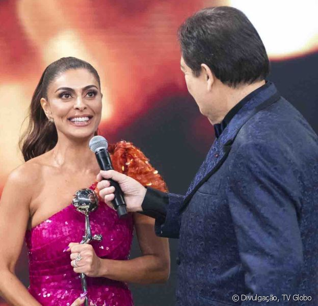 Juliana Paes vence categoria de Melhor Atriz no Melhores do Ano, do 'Domingão do Faustão', em 2019