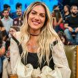 Grávida, Giovanna Ewbank apareceu de biquíni e short em foto do marido, Bruno Gagliasso: ' Sobre estar na plenitude'