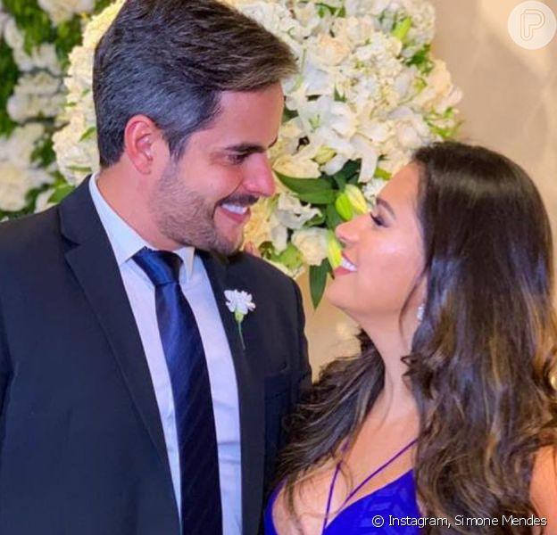 Ciúmes, 1º 'te amo' e mais: Simone e o marido contam detalhes da relação em vídeo compartilhado nesta sexta-feira, dia 03 de janeiro de 2020