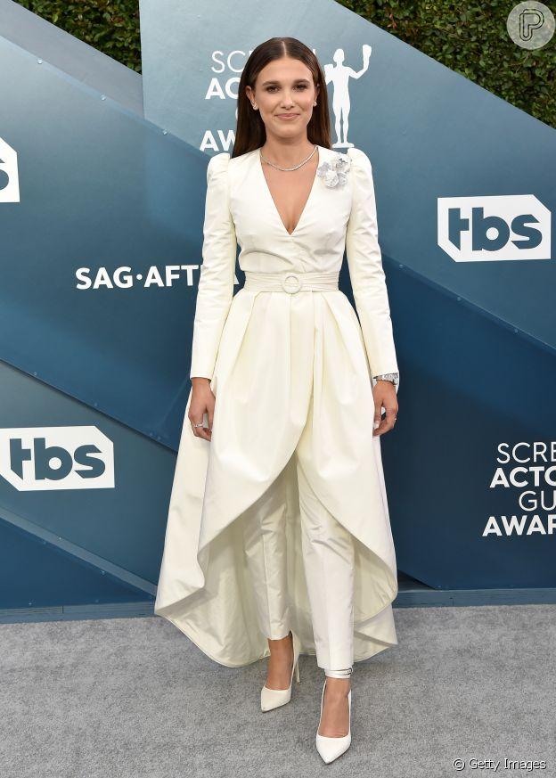 Moda de festa: Millie Bobby Brown chama atenção por vestido com calça para premiação SAG Awards neste domingo, dia 19 de janeiro de 2020