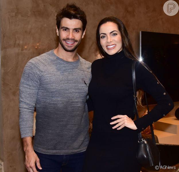 Carla Prata e Mariano, da dupla com Munhoz, terminaram namoro