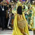Paolla Oliveira, rainha de bateria da Grande Rio, atraiu os flashs na Sapucaí