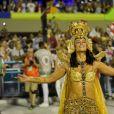 Paolla Oliveira saudou o público ao longo de seu desfile na Sapucaí