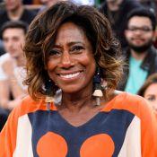 Gloria Maria adia retorno à TV após tumor cerebral e morte da mãe: 'Desafio'
