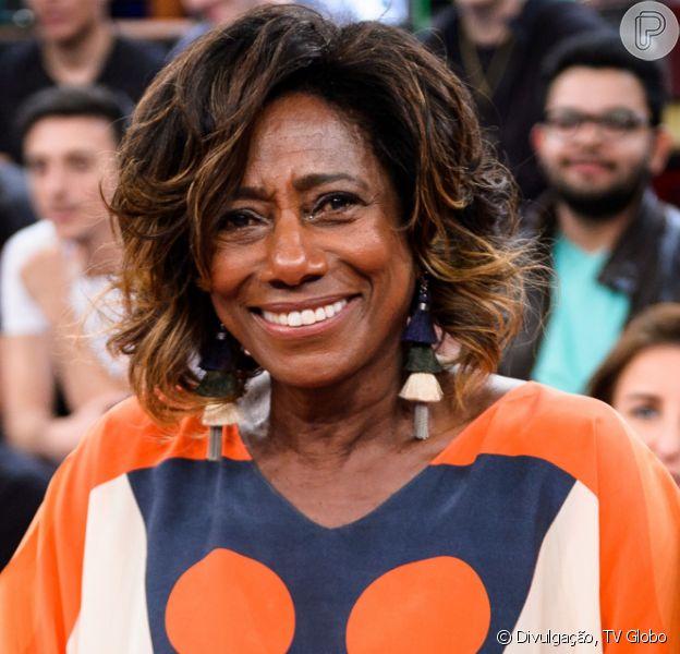 Gloria Maria adia retorno à TV após tumor cerebral e morte da mãe. Veja post feito pela jornalista nesta sexta-feira, dia 28 de fevereiro de 2020
