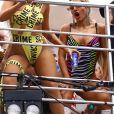 Luísa Sonza deixa corpo à mostra em fantasia ousada no 'Bloco da Anitta'
