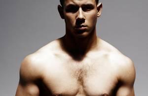 Nick Jonas revela dieta e plano de malhação para ficar sarado: 'Corpo do Hulk'