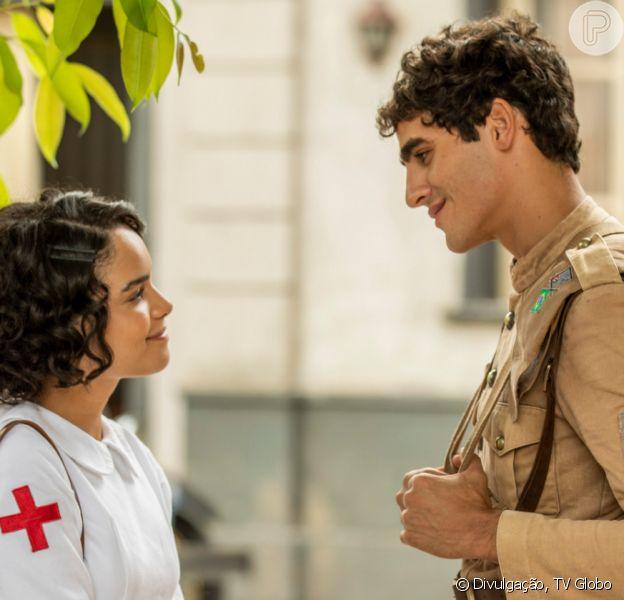 Nos últimos capítulos da novela 'Éramos Seis', Inês (Carol Macedo) recua e aceita que Lúcio (Jhona Burjack) reconheça como dele seu filho com Alfredo (Nicolas Prattes)