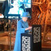 Rainha Elizabeth II usa o Twitter pela primeira vez: 'É um prazer'