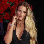 Yasmin Brunet encanta famosas ao posar de topless na praia: 'Deusa'. Foto!