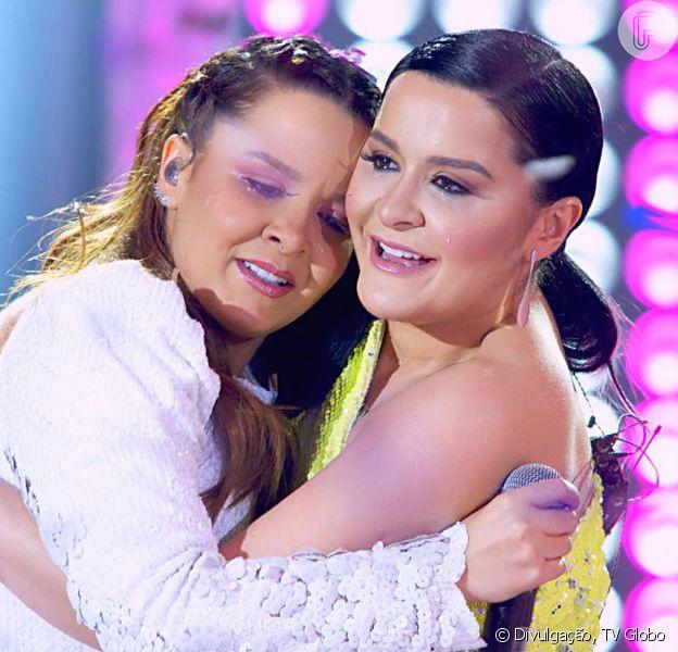 Maiara e Maraisa ganham beijo de Bruno e Marrone em live show: 'Zerei a vida'