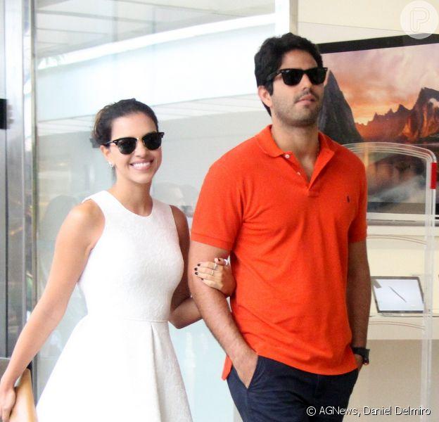 Mariana Rios passeia em shopping ao lado do namorado, o advogado Patrick Bulus, no Rio de Janeiro, em 26 de outubro de 2014