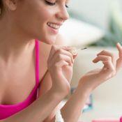 Quer ter unhas mais fortes e saudáveis? Confira os cuidados essenciais