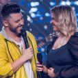 Marília Mendonça caprichou no look para ver live show do namorado, Murilo Huff