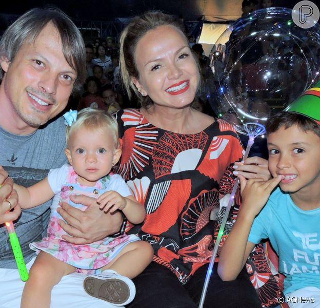 Eliana falou da experiência de precisar ficar em casa em live com Tiago Abravanel
