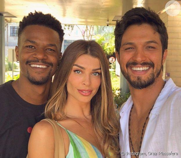 Grazi Massafera, como Paloma em 'Bom Sucesso', ficou entre o amor de David Júnior (Ramon) e Romulo Estrela (Marcos)