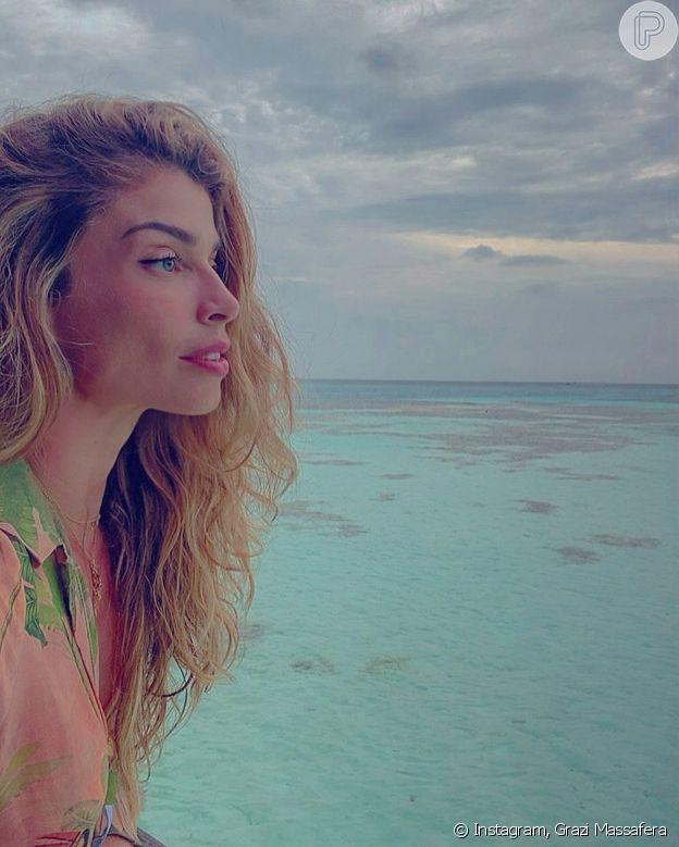 Grazi Massafera viaja para as Maldivas e tem rumor de casamento negado com Caio Castro: 'Nem sabia que existia uma cerimônia religiosa nas Maldivas para se casar. Isso de fato não existiu'
