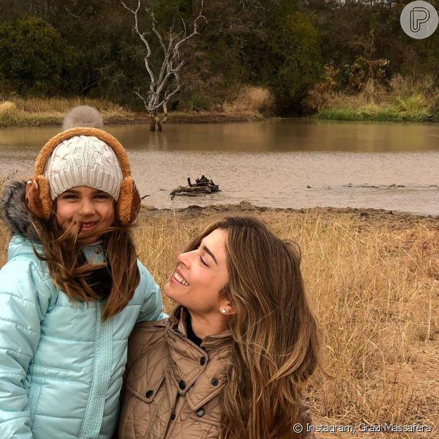 Grazi Massafera mostra viagem com a filha, Sofia, na África