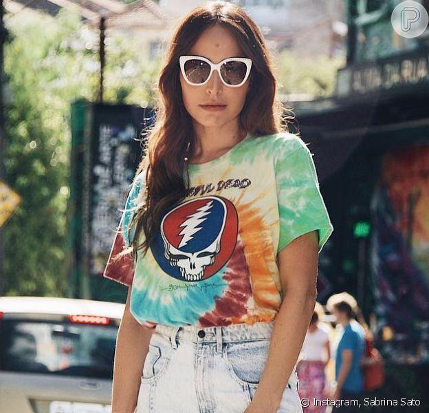 Tie dye: saiba mais sobre estampa atemporal que conquistou Sabrina Sato e mais famosas. Veja detalhes em matéria nesta quarta-feira, dia 22 de julho de 2020