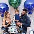 Andressa Suita e Gusttavo Lima cantam parabéns para o filho caçula, Samuel