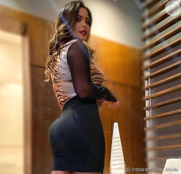 Geisy Arruda dança funk com look animal print e vídeo agita web