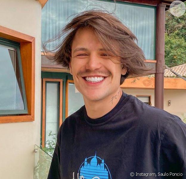 Foto de Saulo Poncio gera comparação divertida com personagem na web