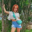 Larissa Manoela faz post sobre beleza natural: ' Você é linda do jeito que você é'