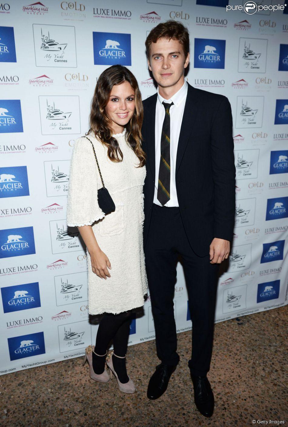 Rachel Bilson e  Hayden Christensen são papais de primeira viagem