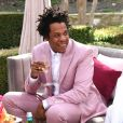 Jay-Z é cofundador da gravadora Roc-a-Fella Records, investe em bebidas, arte, imóveis, é dono da linha de  beleza Carol's Daughter e tem participação nas marcas Uber e Tidal