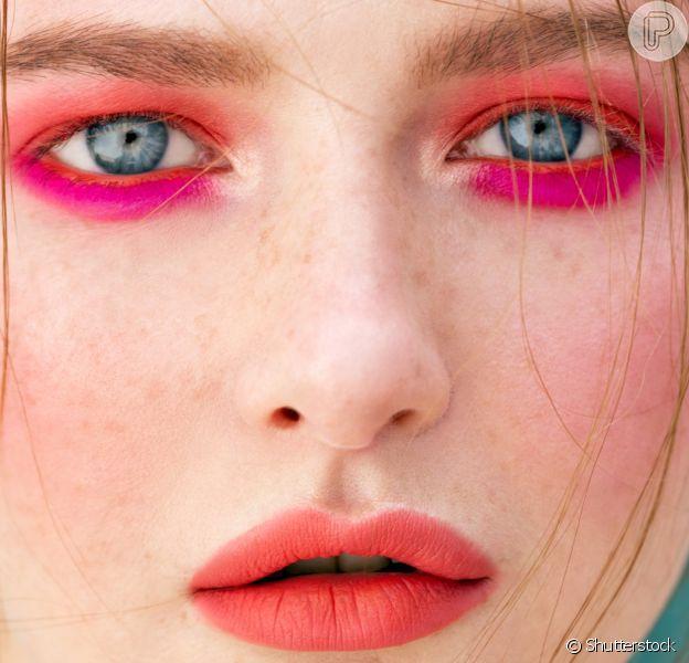 Sombra abaixo dos olhos: aposte na maquiagem trend!