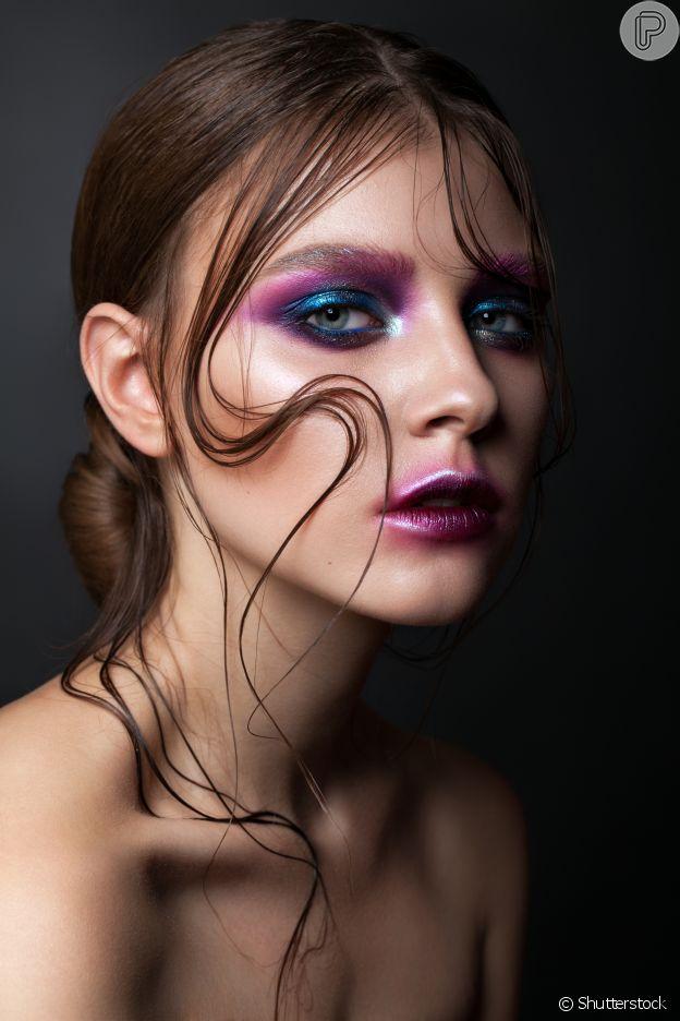 Veja sombra abaixo dos olhos na maquiagem!