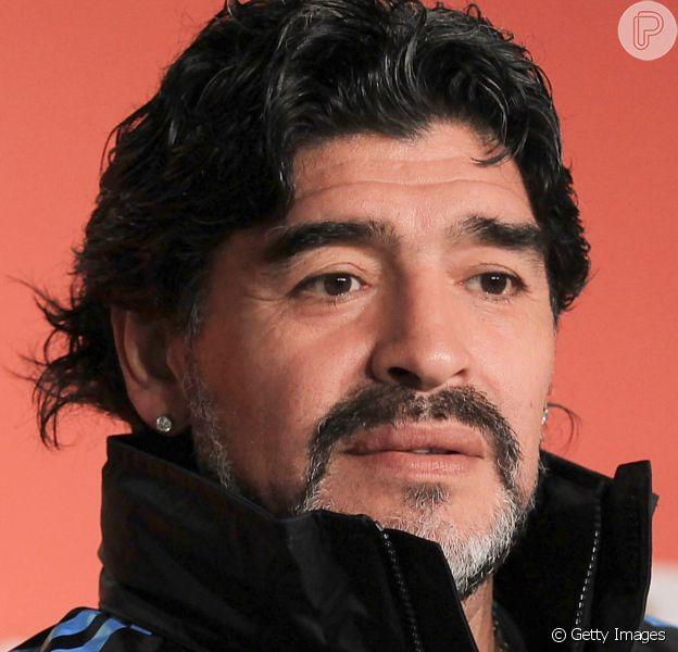 Famosos lamentam morte de Diego Maradona