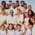 Gilberto Gil posa com mulher, filhos, netos e bisneta para campanha de moda
