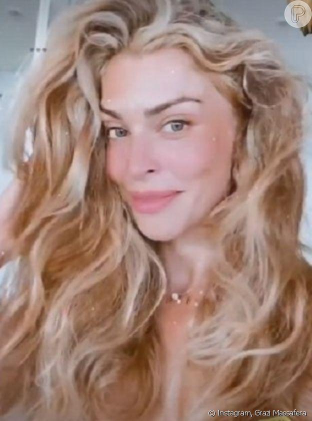 Grazi Massafera responde críticas após postar cabelos 'grisalhos'