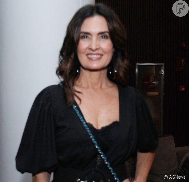 Fátima Bernardes volta à TV após retirada do câncer