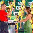 Patricia Abravanel apresenta o 'Topa ou Não Topa'