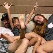 Fernando e Maiara combinam pijama com filha do cantor em foto. Veja!