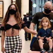 Rael viajante! Filho de Isis Valverde esbanja fofura em aeroporto com família. Fotos!