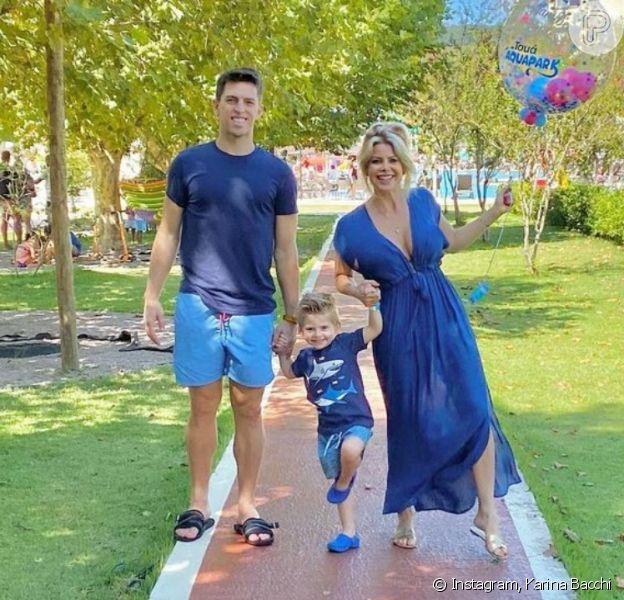 Karina Bacchi faz foto com marido e filho após anúncio de crise no casamento. Veja!