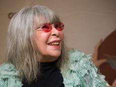 Rita Lee descobre tumor no pulmão aos 73 anos e se prepara para tratamento: 'Imuno e radioterapia'